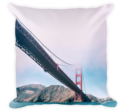 Decorative Throw Pillow / Golden Gate Bridge San Francisco - Cal31.com