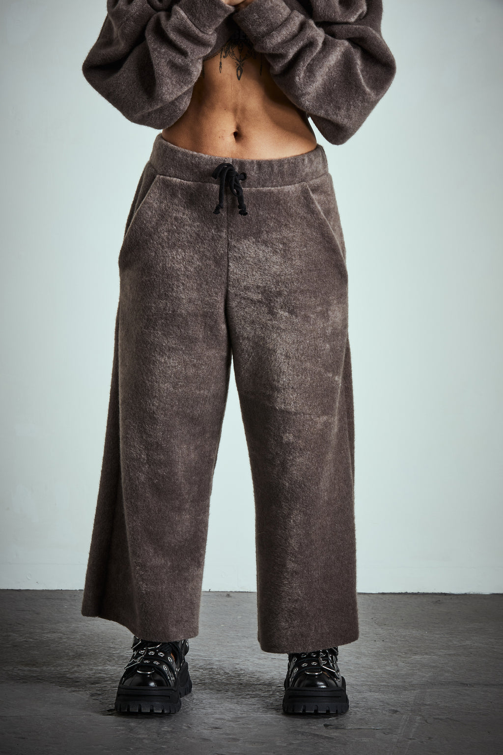 **SOLD OUT** SOFT SIDE FLEECE SWEATPANTS