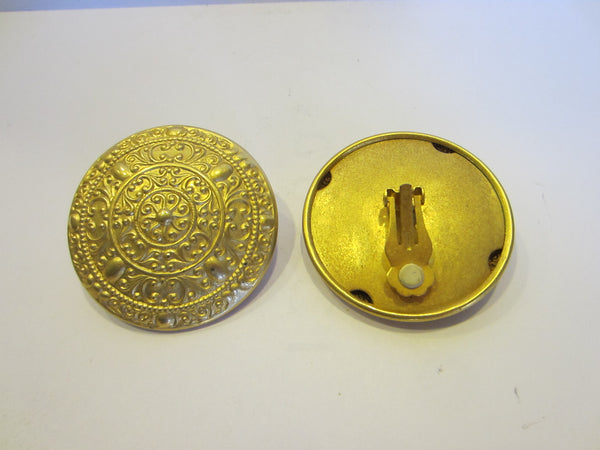 Irwin Pearl Brass Clip On Earrings Decorated Medallion Relief Designer Signed - Designer Unique Finds   - 2