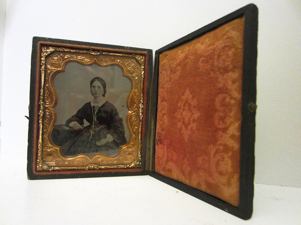 Daguerreotype Gutta Percha Female Portrait Picture Gold Case Book Frame - Designer Unique Finds   - 3