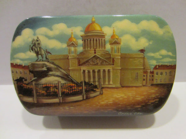 Russian Snuff Box Signed Black Lacquered Hand Painted Castle Scene - Designer Unique Finds   - 3