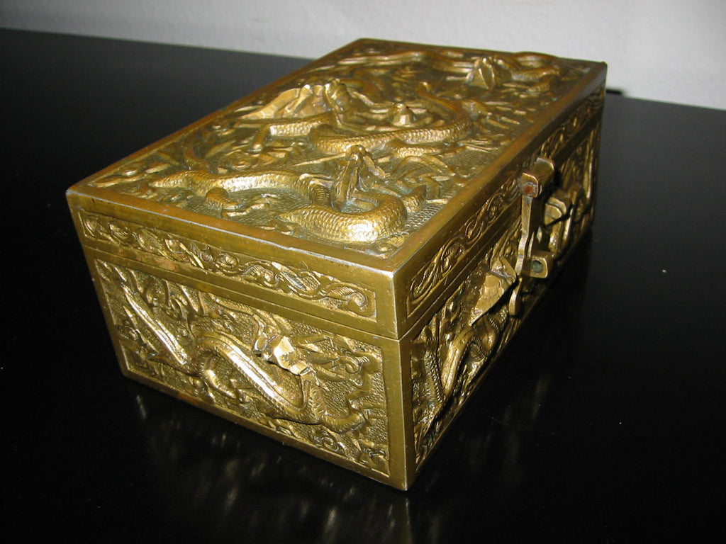Chinese Brass Humidor Box Early 20th Century Period Flying Dragons Sandalwood Lined - Designer Unique Finds   - 1