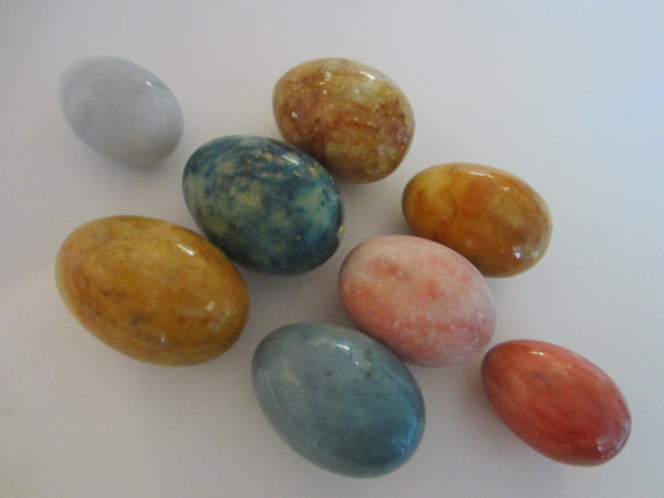 Stone Eggs Suite Of Eight Marbles Alabaster In Various Colors