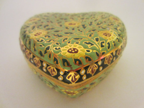 Gold Porcelain Heart Jewelry Box Narai Phand Hand Painted In Thailand Floral Enameling - Designer Unique Finds   - 3