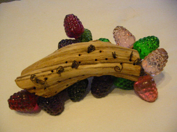 Retro Lucite Cluster Grapes Berries Folk Art Deco Drift Wood Stem - Designer Unique Finds   - 5