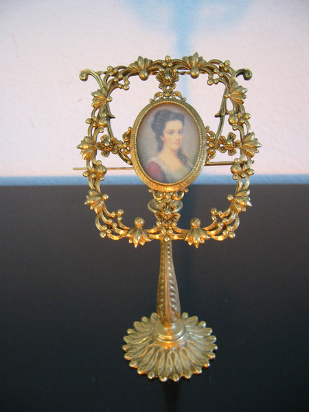 Florenza Photo Frame Floral Medallion Ormolu Brass Folk Stand - Designer Unique Finds   - 3