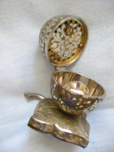 Swedish Rhapsody Musical Silver Jewelry Box Floral Egg - Designer Unique Finds   - 8