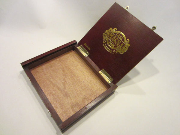 Casa Magna Primus Cigar Box Hand Crafted Golden Embossed - Designer Unique Finds   - 3