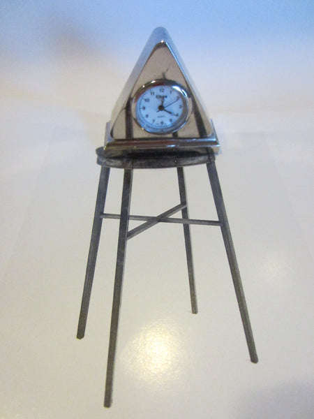 Eikone Classic Quartz Miniature Pyramid Style Quartz Clock - Designer Unique Finds   - 3