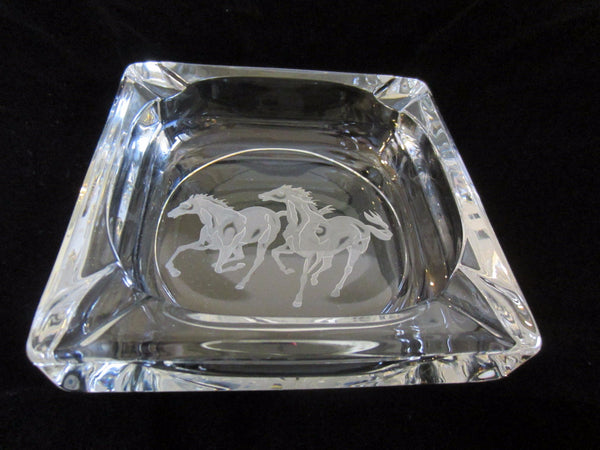 Equestrian Crystal Ashtray Frosted Horses - Designer Unique Finds   - 3