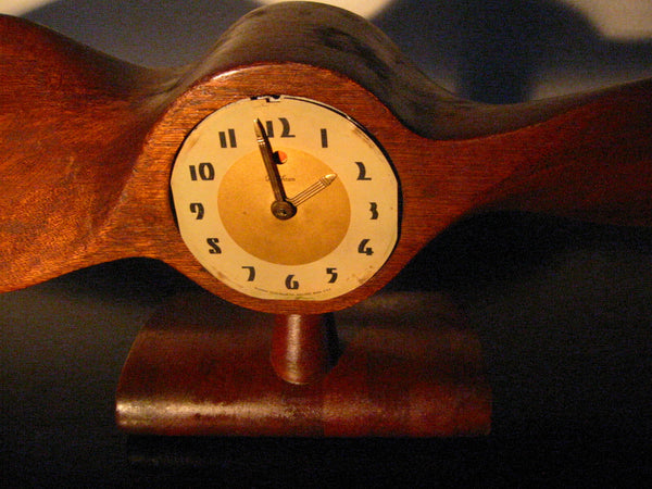 Telechron Propeller Electrified Mahogany Mantle Clock Circa 1930 - Designer Unique Finds   - 2