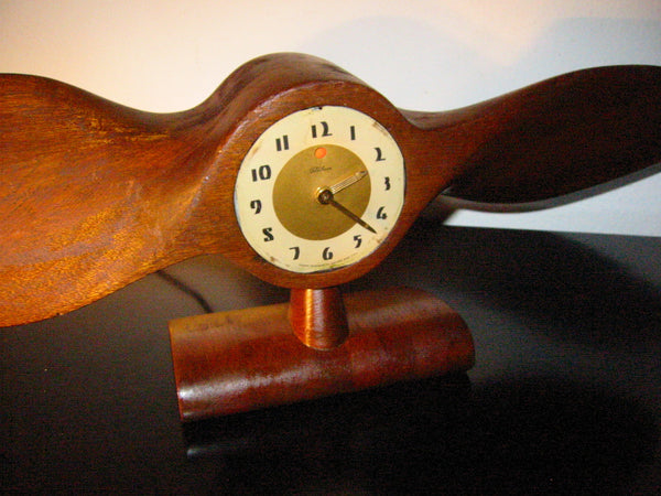 Telechron Propeller Electrified Mahogany Mantle Clock Circa 1930 - Designer Unique Finds   - 1