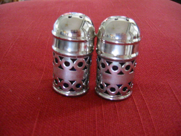 Apex English Silver Plate Filigree Cased Glass Salt Pepper Shakers - Designer Unique Finds   - 1