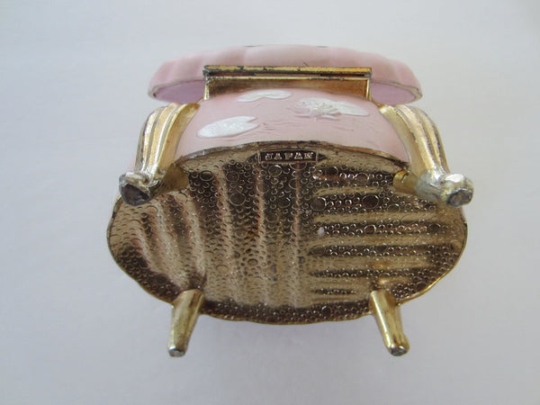 Sankyo White Swans Japan Pink Musical Gilt Footed Jewelry Box