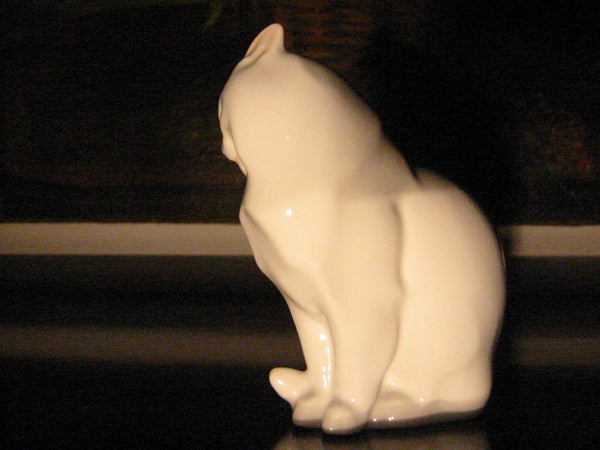 Herend Cat Figurine Hand Painted Signed Porcelain - Designer Unique Finds   - 6