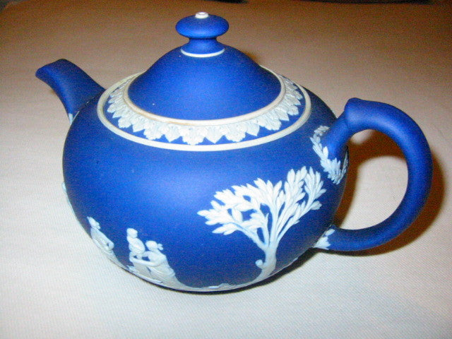England Wedgwood Blue Teapot Jasper High Relief Aphrodite Cameo - Designer Unique Finds