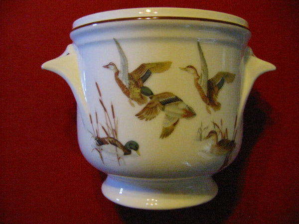 Porcelain Planter Dure Georges Boyer Limoges France Flying English Birds - Designer Unique Finds   - 1