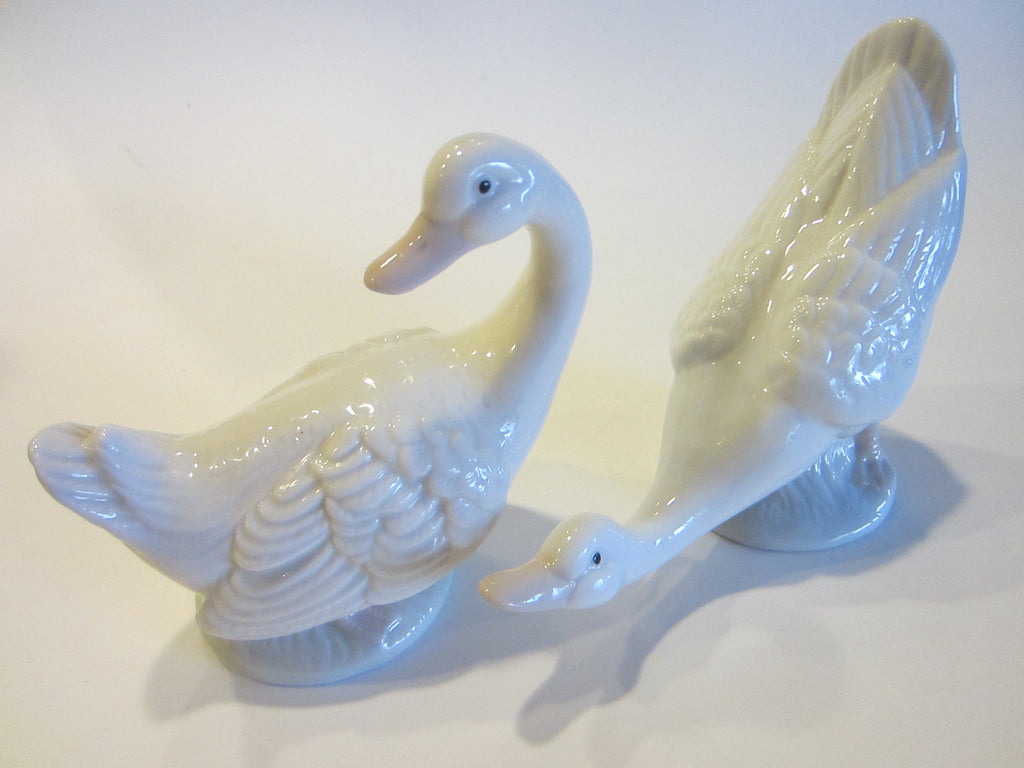 Duncan Royale White Fine Bone China Duck Figures Stamp Marked