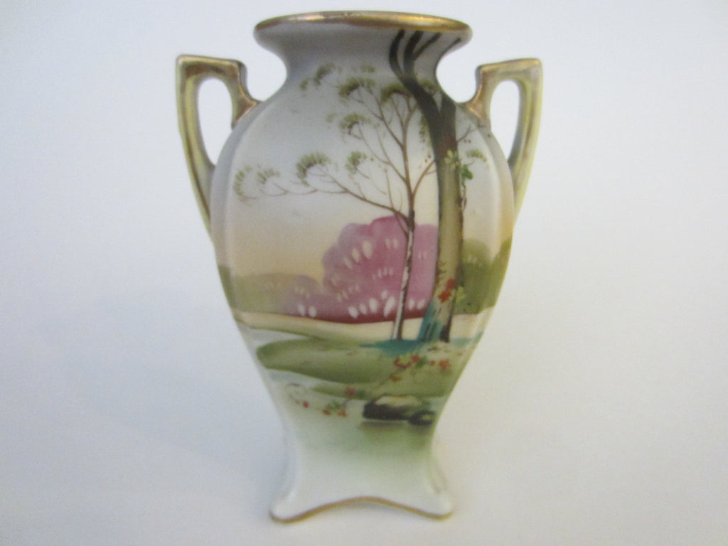 nippon vase with gilt handles and rim from Moriage