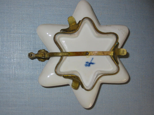 Minton Porcelain Bronze Footed Star Shape Chamber Candle Holder - Designer Unique Finds   - 4