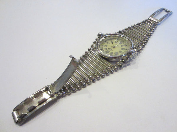 Commodoor Quartz Watch Bracelet Adjustable Strap Japan Movement - Designer Unique Finds