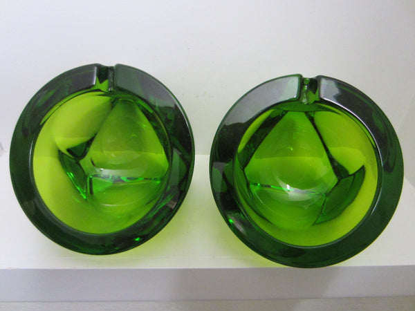 Emerald Green Geometric Crystal Ashtrays - Designer Unique Finds   - 3