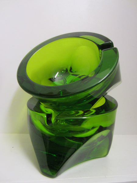 Emerald Green Geometric Crystal Ashtrays - Designer Unique Finds   - 2