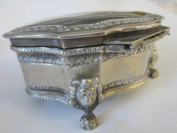 English Style Silver Plated Jewelry Box Lion Medallion Coat of Arm - Designer Unique Finds   - 7