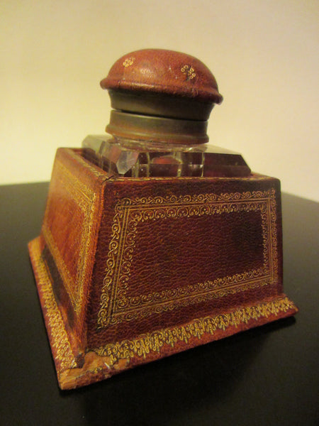 Italian Crystal Inkwell Emboss Leather Covered Case Stand - Designer Unique Finds   - 3