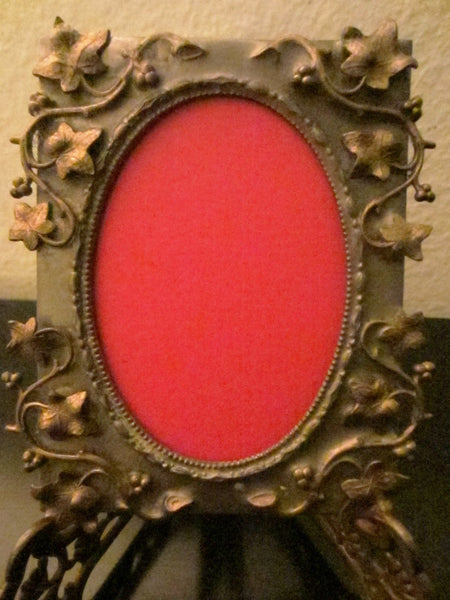 Art Deco Bronze Photo Frame Decorated Grape Vines - Designer Unique Finds   - 2