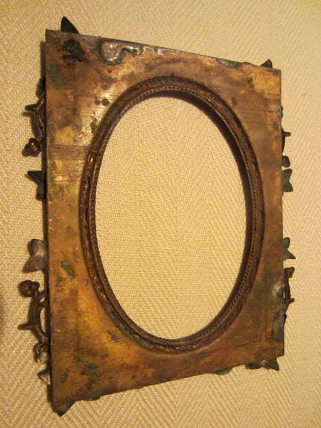 Art Deco Bronze Photo Frame Decorated Grape Vines - Designer Unique Finds   - 4