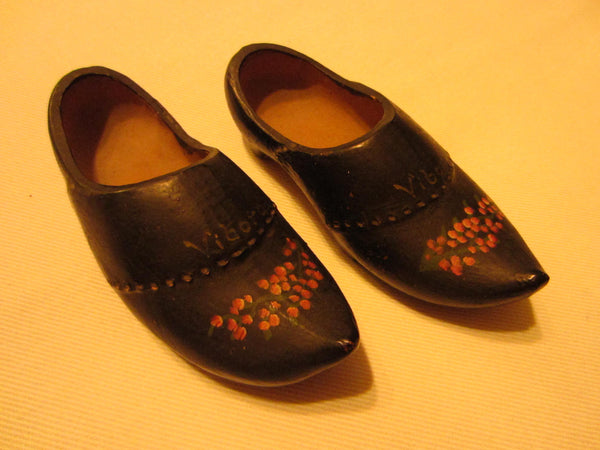 Quimper Style Ceramic Shoes Hand Decorated Dutch Miniature Pottery - Designer Unique Finds
