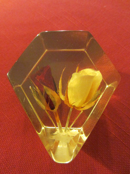 Lucite Deco Paperweight Yellow Red Rose Buds - Designer Unique Finds   - 3