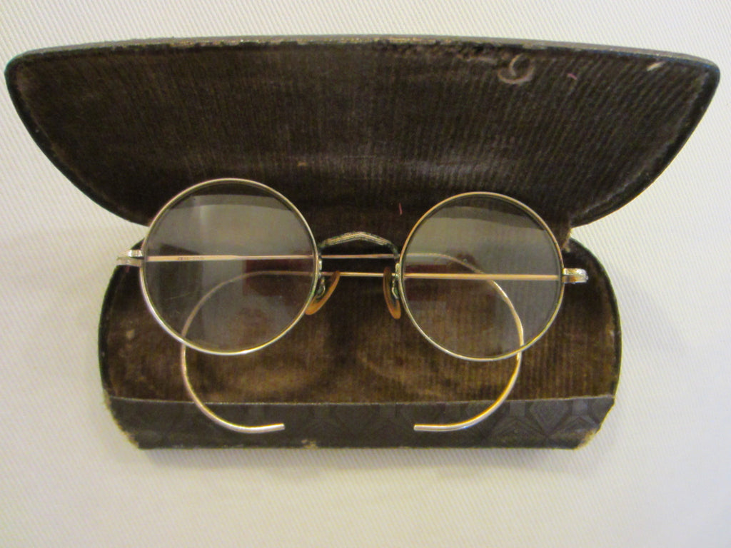 Eye Wear Golden Wire Spectacles - Designer Unique Finds