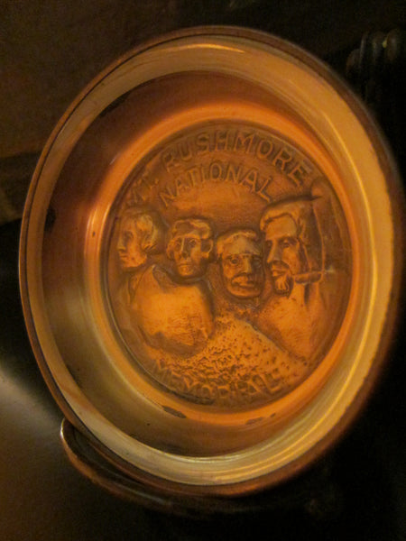 Bates And Klinke Mount Rushmore National Memorial Novelty Dish - Designer Unique Finds   - 2