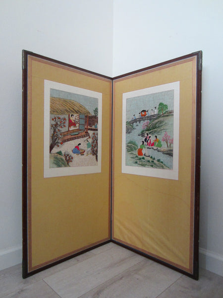 Asian Needlepoint Panels Two Fold Wood Screen Japanese Outdoor Scene - Designer Unique Finds   - 3