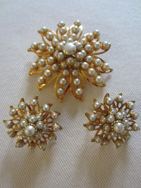 Judy Lee Starburst Brooch Clip On Earrings Signed Decorated Pearls - Designer Unique Finds   - 4