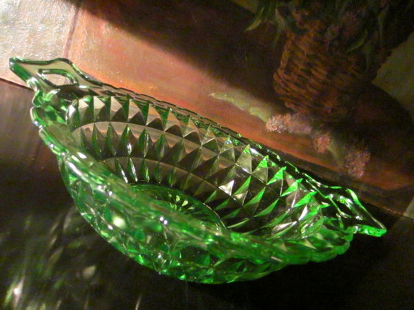 Jeanette Windsor Bowl Diamond Green Depression Glass - Designer Unique Finds   - 3
