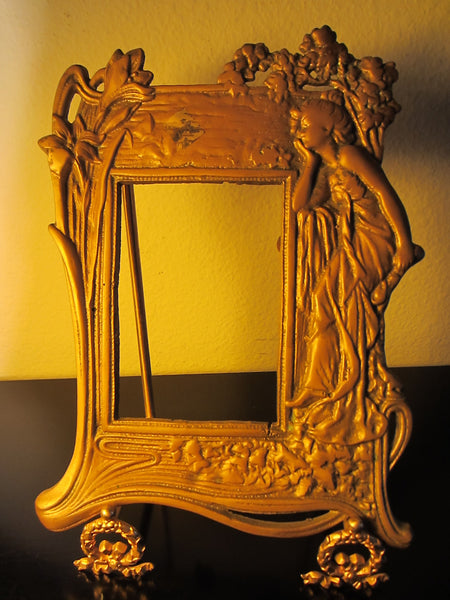 Neoclassical Style Brass Figurative Portrait Photo Frame - Designer Unique Finds   - 2