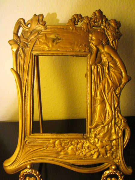 Neoclassical Style Brass Figurative Portrait Photo Frame - Designer Unique Finds   - 3