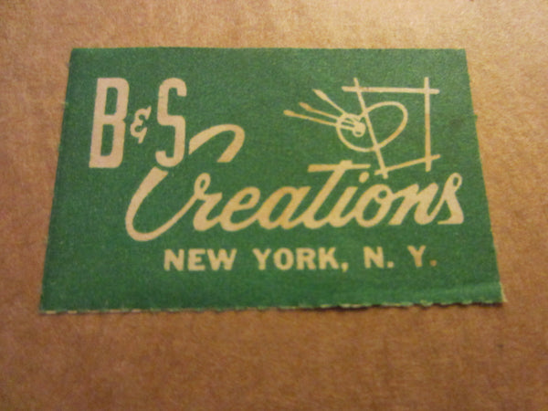 B S Creation New York Romantic Medallion Wall Arts Green Velvet Silhouettes - Designer Unique Finds   - 5