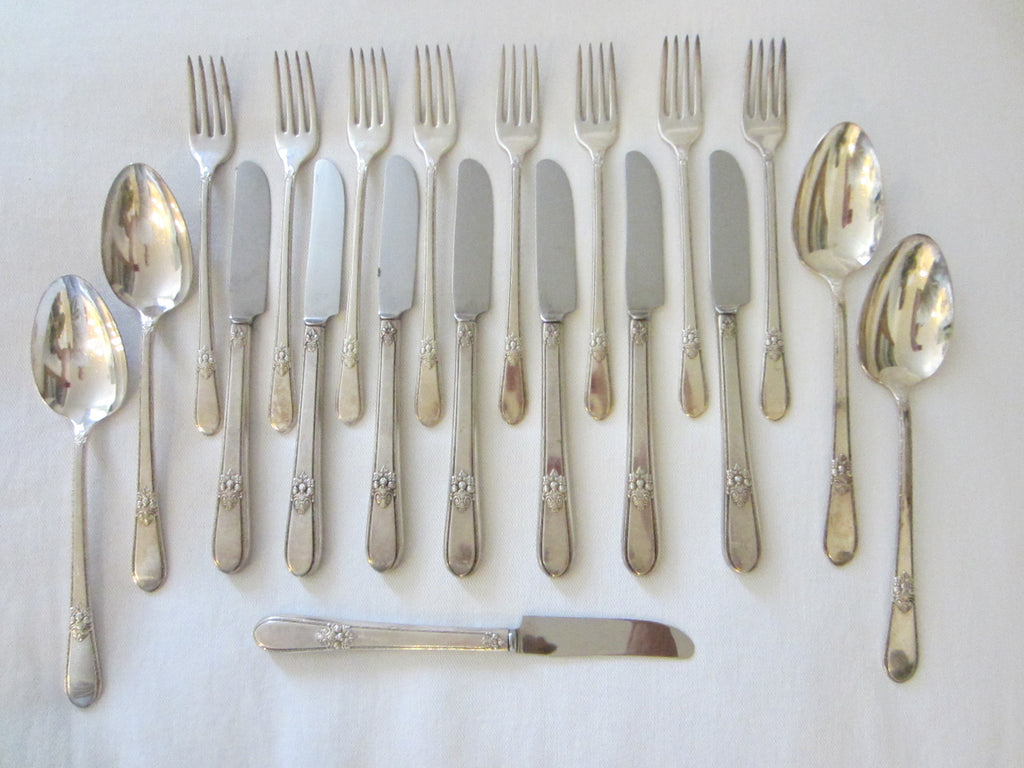 Adoration Rogers Bros Adoration IS Flatware Service - Designer Unique Finds