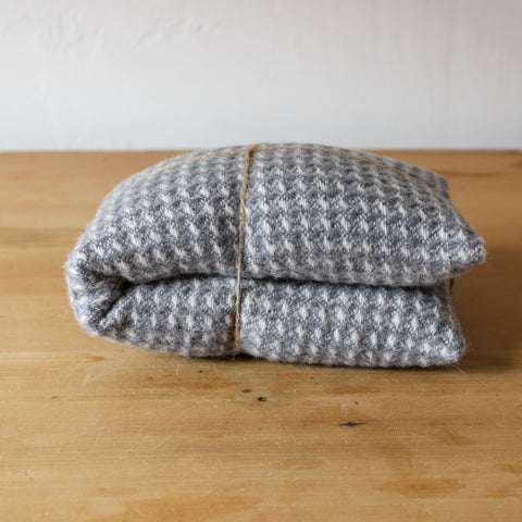 Merino Wool Heat Pack Square Grey Lavender
