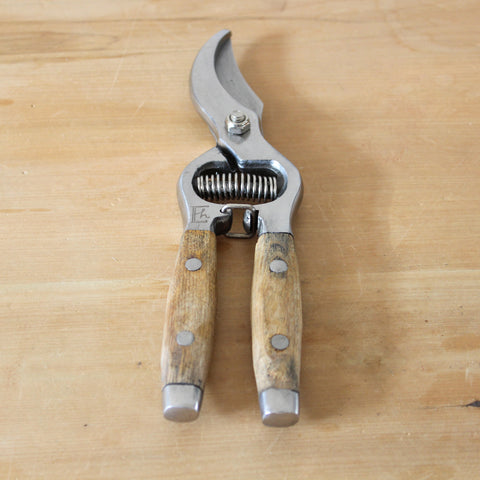 Secateurs Wood Handle