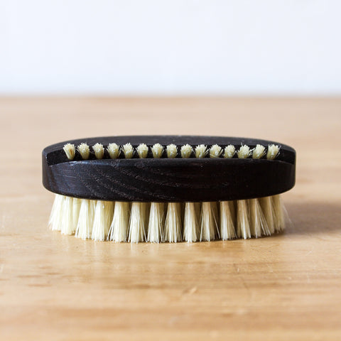 Nail Brush Oval Thermowood
