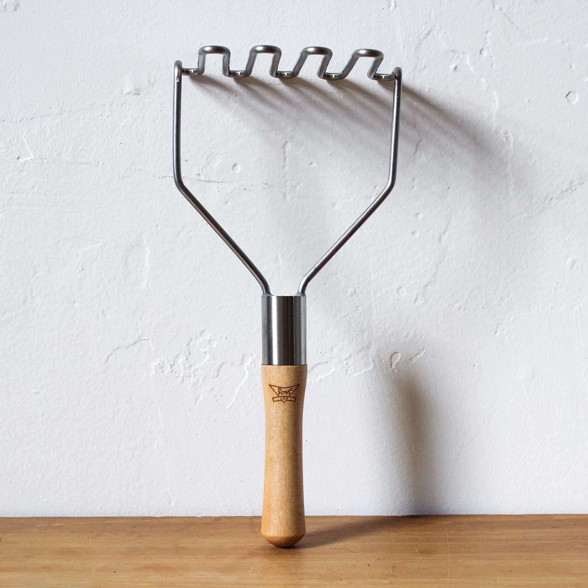 "10"" Wooden Handle Masher"