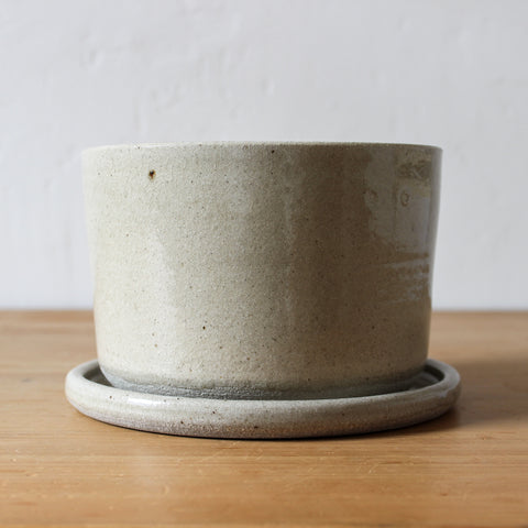 Pottery Plant Pot Wholemeal Medium
