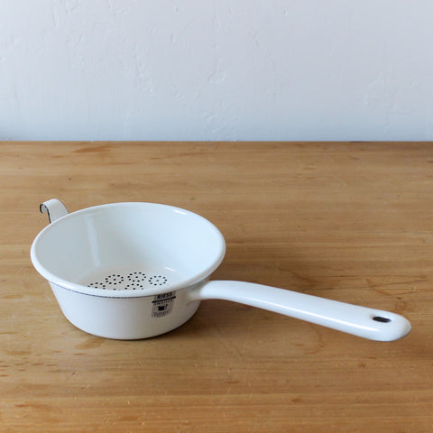 Sieve with Handle White 16cm