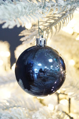 Plain shiny & matt 6cm shatterproof baubles packed in a box of 6