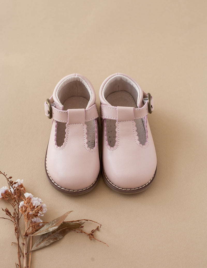 Karibou Kids: New Lola Genuine Leather T-Bars - Dusty Pink 6 AU/7 US - Hardsole